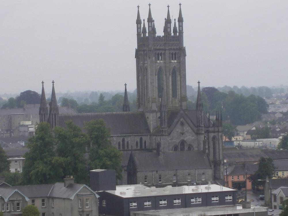 Vue sur Kilkenny depuis la tour ronde (cathedrale)