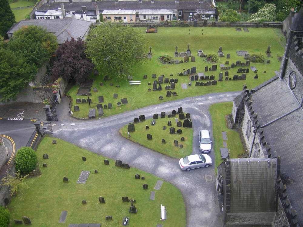 Vue sur kilkenny depuis la tour ronde (cimetière  de St Cani