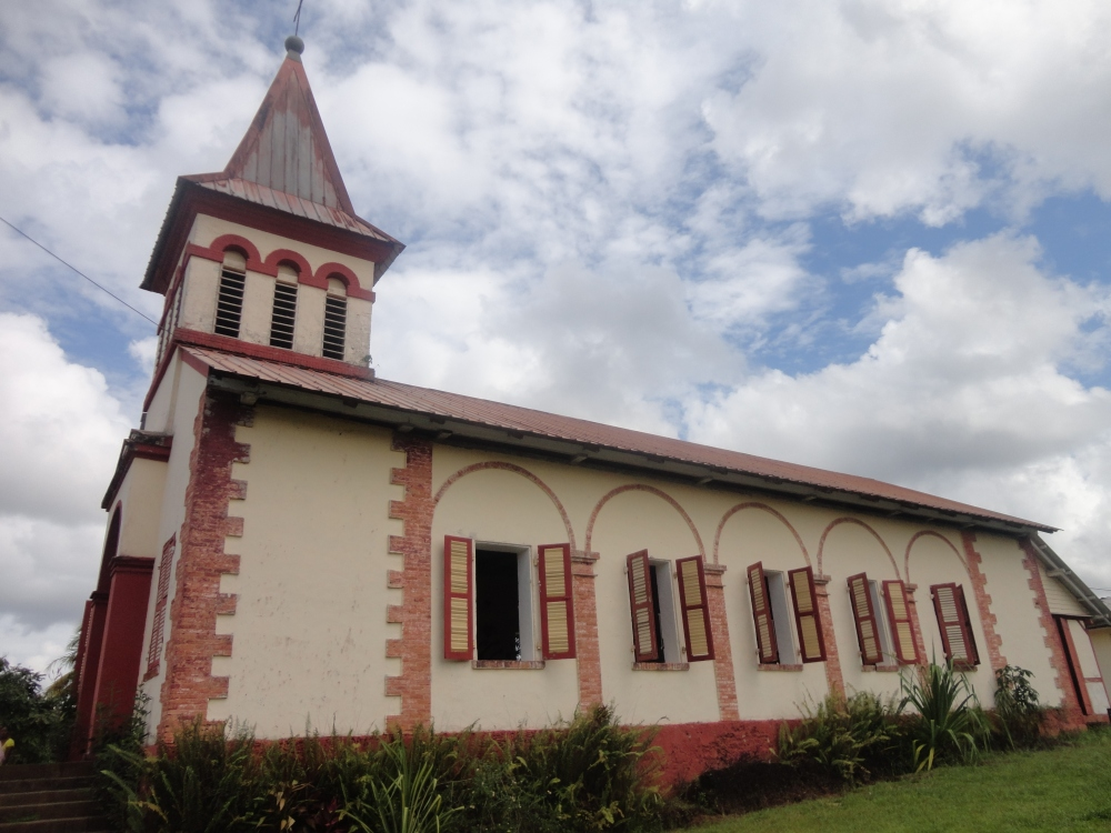 Eglise de Roura_claireline.wordpress.com